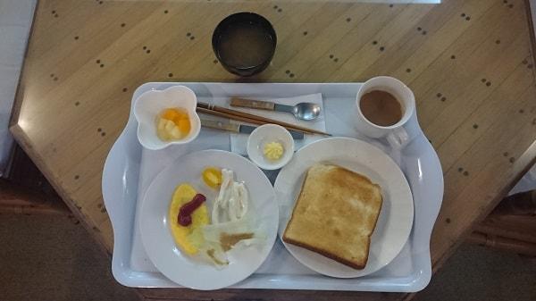 オムレツ付朝食プレート