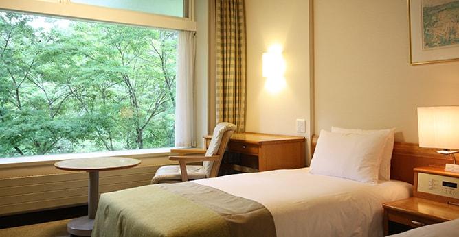 軽井沢プリンスホテルウェスト ツインルーム室内写真