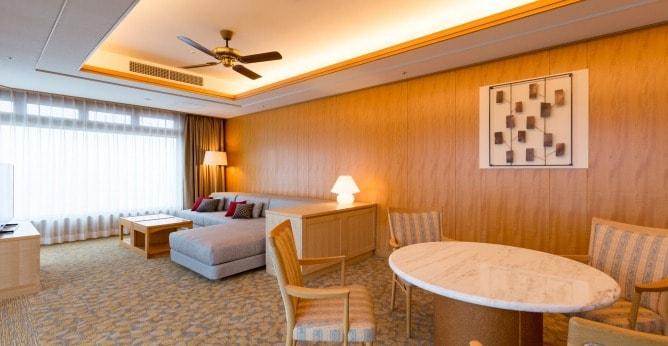 軽井沢浅間プリンスホテル スイートルーム室内写真