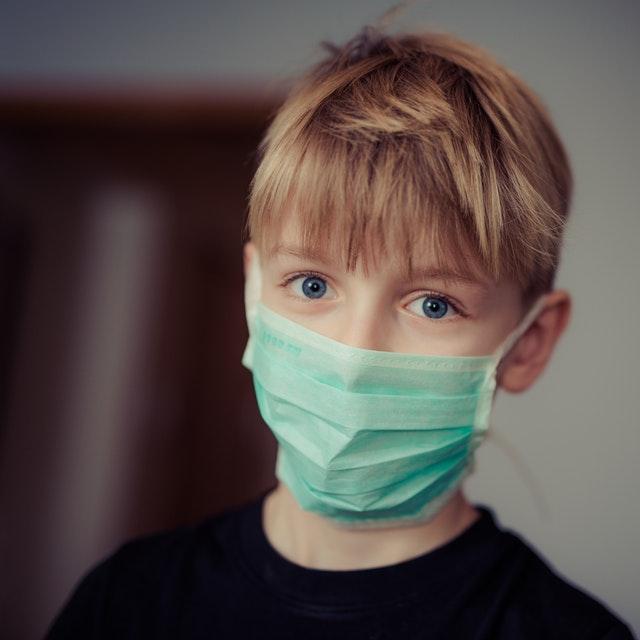 マスク着用禁止