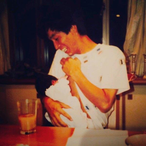 IMALUがInstagramに投稿したさんまとの親子写真