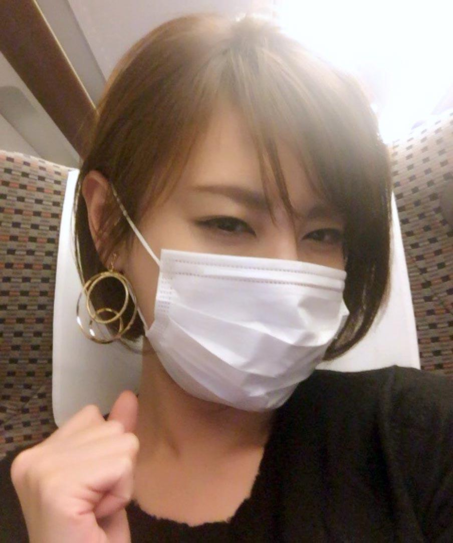 マスク姿の真麻さん