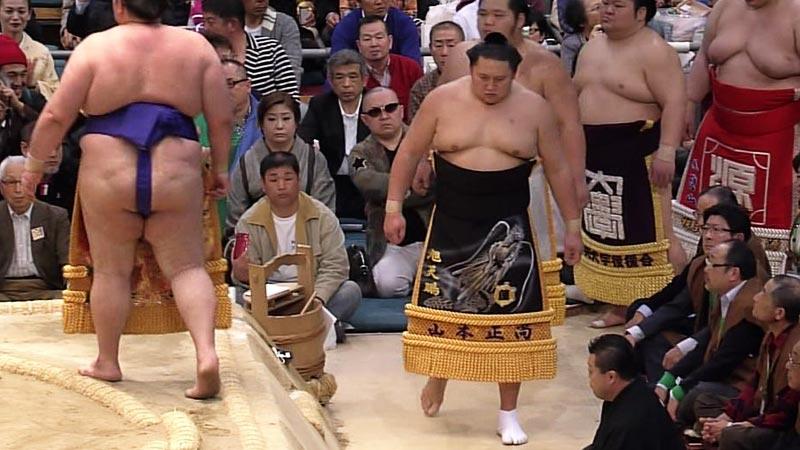 大相撲の観客にスゴい人