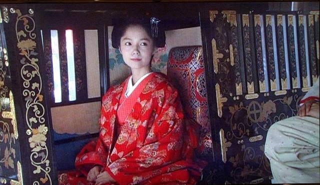 島津家本家の養女となり徳川家に嫁ぐ篤姫