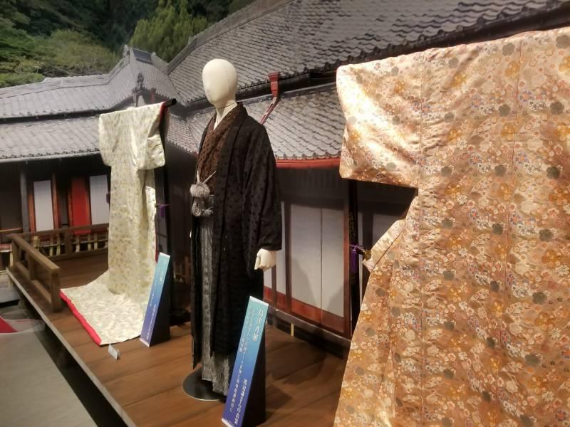 島津斉彬公・篤姫衣装展示