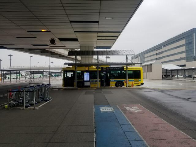 成田空港第2ターミナル「1番のりば」