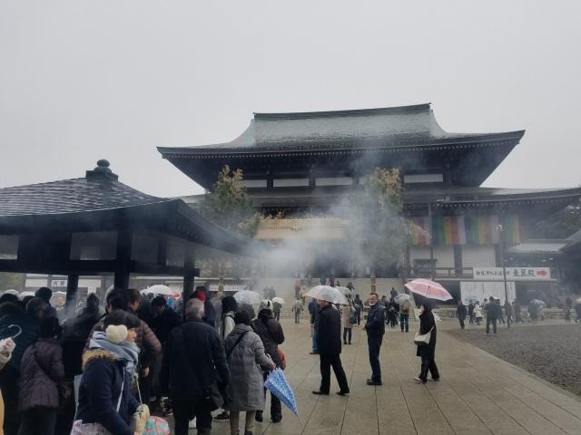 成田山新勝寺を堪能したら、成田空港へ向かいましょう