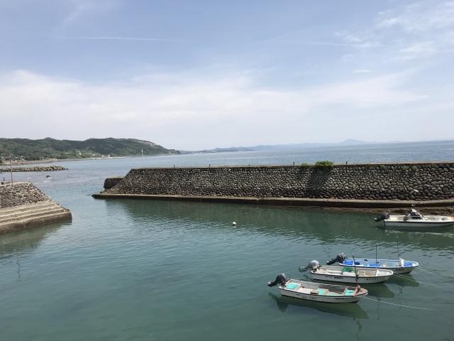 薩摩藩英国留学生記念館の前は羽島漁港