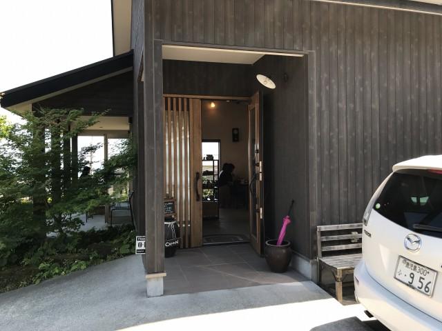 『かんまちカフェHaruya』駐車場は6~9台分