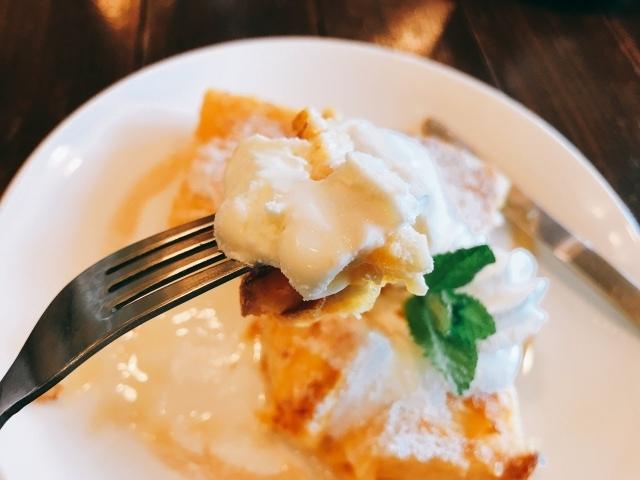 豆乳のフレンチトーストで甘すぎず、アイスクリームとマッチングがそれはも