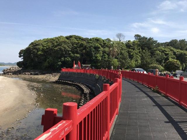 照島神社は昔から数々の伝説を生み出してきた