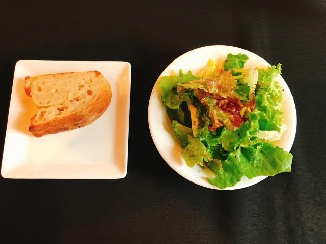 サラダと前菜(トウモロコシパッサータ)