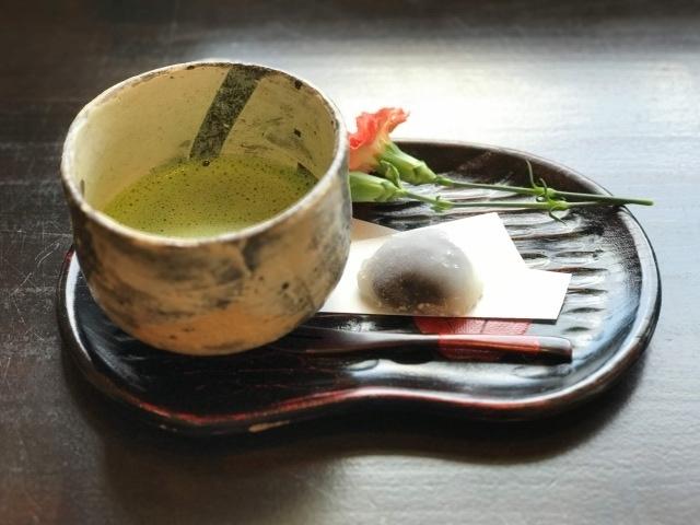 最後にお抹茶と和菓子を頂きます