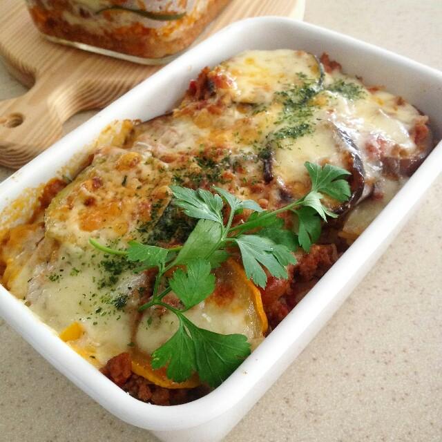 夏野菜のミートソースで焼きっぱなしミートドリア弁当