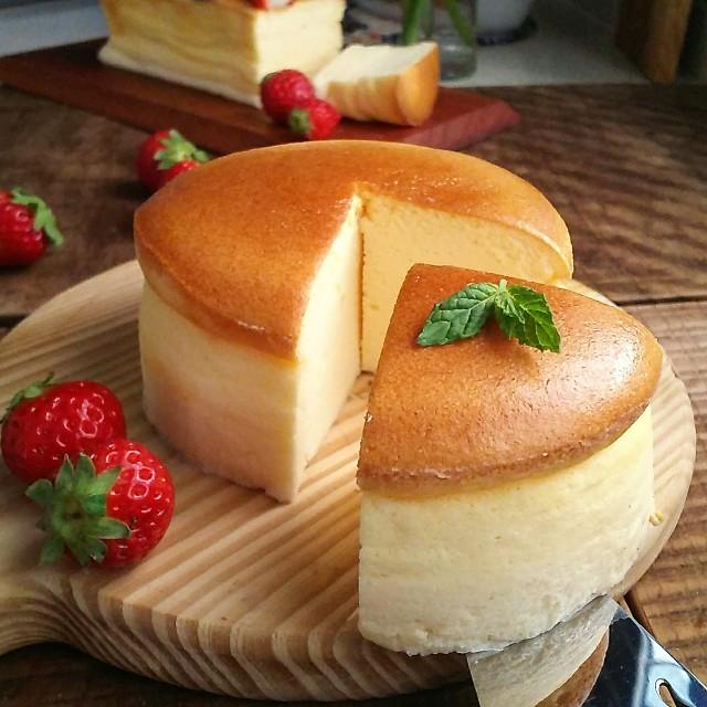gemomogeのスフレチーズケーキ