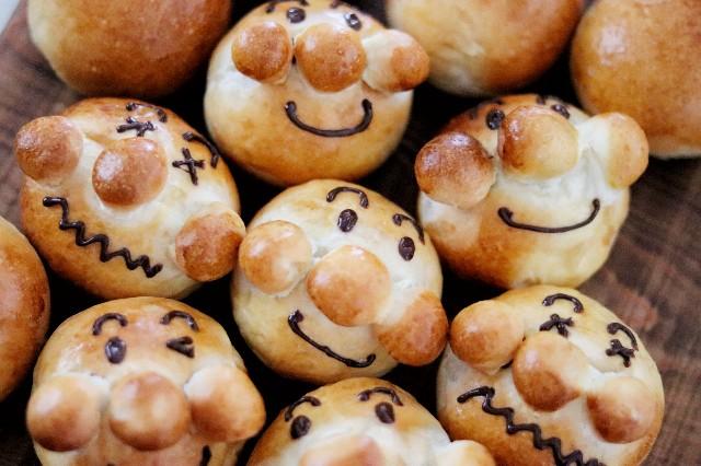 gemomogeの丸パン3