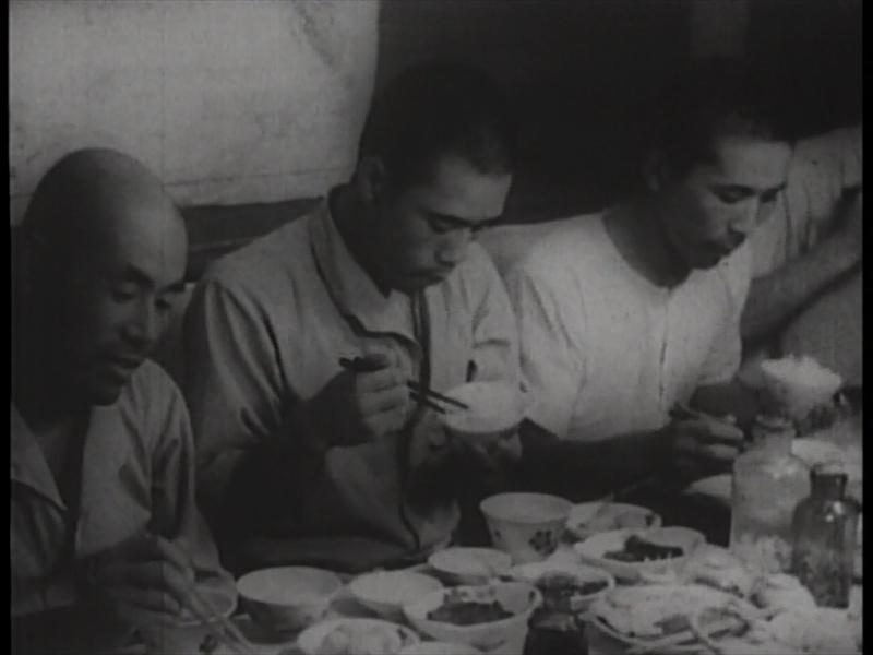 By 日本映画社 Create a screenshot by Ogiyoshisan (Last edited April 9, 2013) (Screenshot) [Public domain or Public domain], via Wikimedia Commons