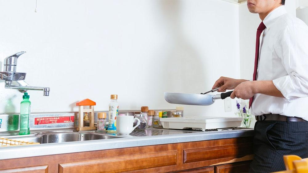 真夜中の台所に、あのイヤな虫が出た時の対処法。