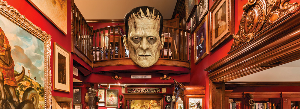 Guillmero Del Toro: At Home With Monsters