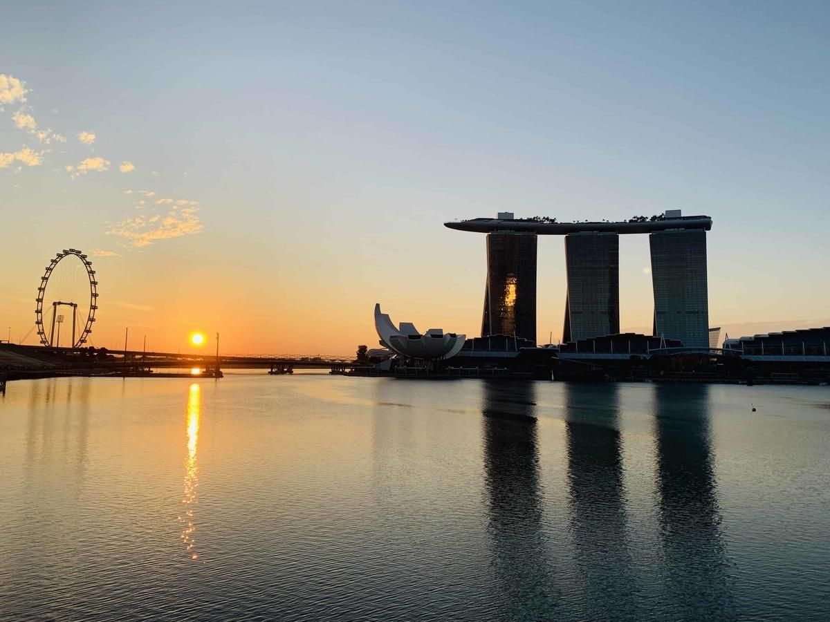 シンガポールの朝焼け