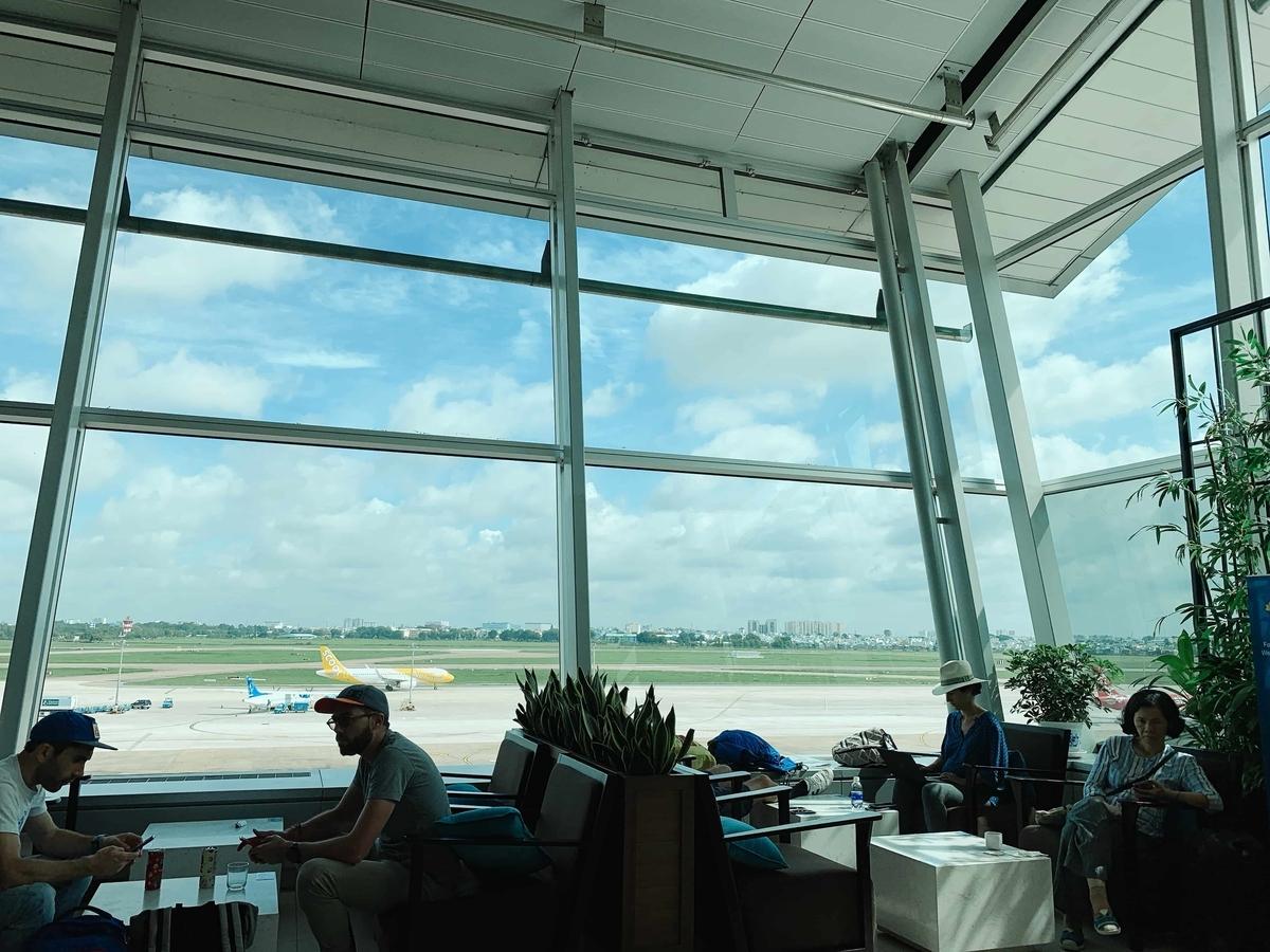 バンコクへ移動します!タンソンニャット 空港から