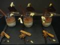 Crème de café du Guatémala, chocolat chaud au pain d'épices et zestes de clémentines
