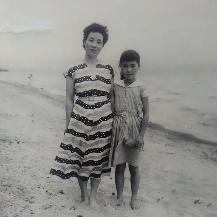 昭和レトロ「母と娘」