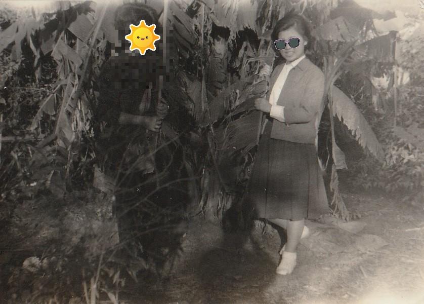 昭和レトロ白黒写真「会津本郷町のかねちゃん」