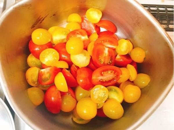 ミニトマト:トマトピューレ
