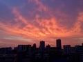 茜色に染まる夕空