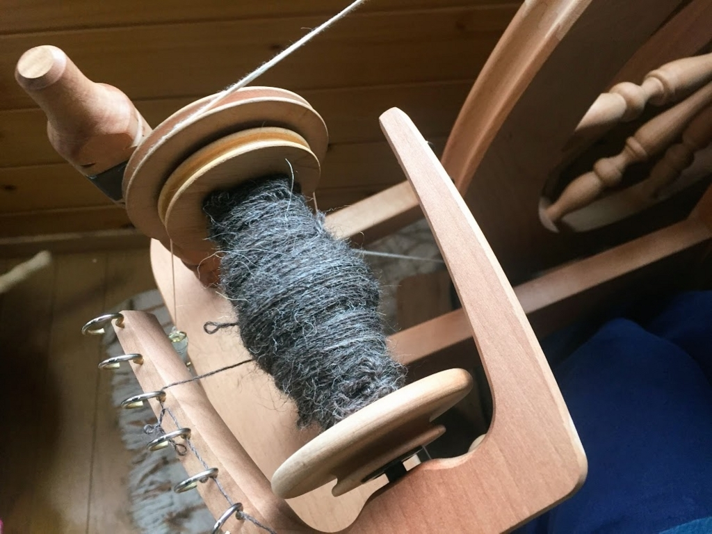 25gの羊毛を紡いだところ。