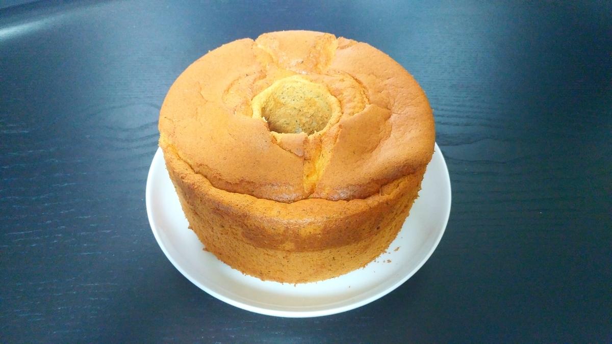 焼いたあとしぼむ シフォンケーキ シフォンケーキが焼いてる途中にしぼむ…