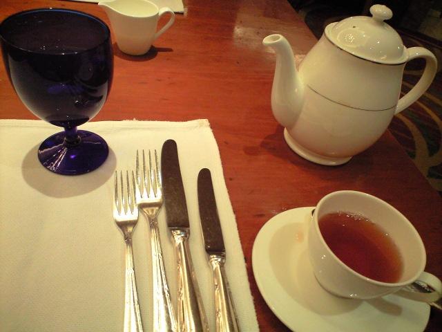 紅茶@リッツカールトン大阪 スプレンディード ×