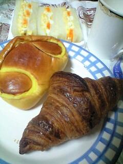 クロワッサン、クリームパン@ORENO PAN okumura ○