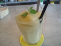 パイナップル、キウイフルーツ、ミントのスムージー@原宿 BILLS