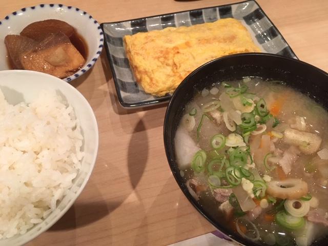 豚汁と卵焼き@心斎橋 ミスマッチ