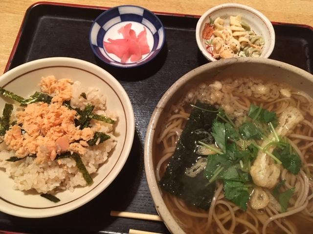 日替わり(蕎麦と鮭ごはん)@長堀橋 てらうち