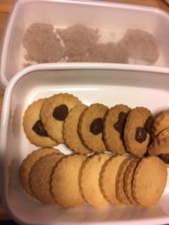 アーモンドクッキー、チョコチップクッキー