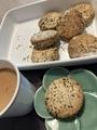 おはようビスケット木曜日セサミ@がちまい家のオーガニックな焼き菓