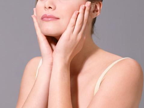 美肌は化粧品だけで作れるものではありません