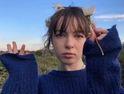 Patricia Lalor: Alone (2020) - YouTube