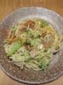 [パスタ]カリカリ豚肉とくたくたブロッコリのパスタ