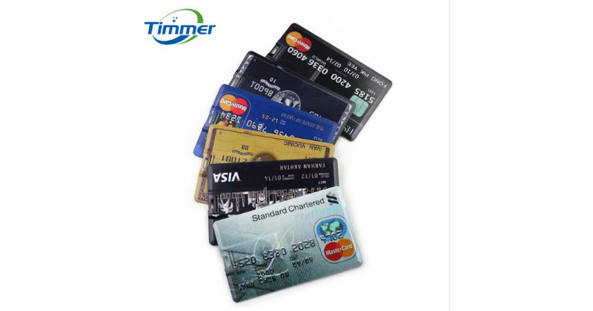 クレジットカード-USB