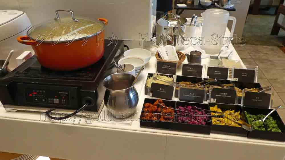 大阪マリオット都ホテルのクラブランジで朝食 お粥