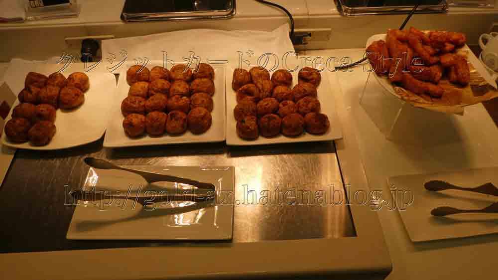 大阪マリオット都ホテルのクラブラウンジで朝食 たこ焼き