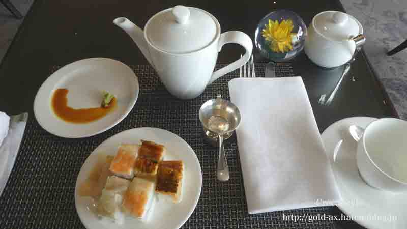 ザ・リッツ・カールトン大阪 クラブラウンジの押し寿司