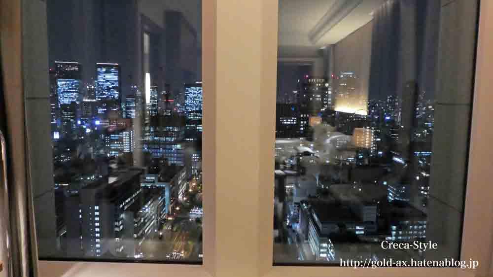 セントレジスホテル大阪のスカイライングランドデラックスツインからの梅田方面の夜景