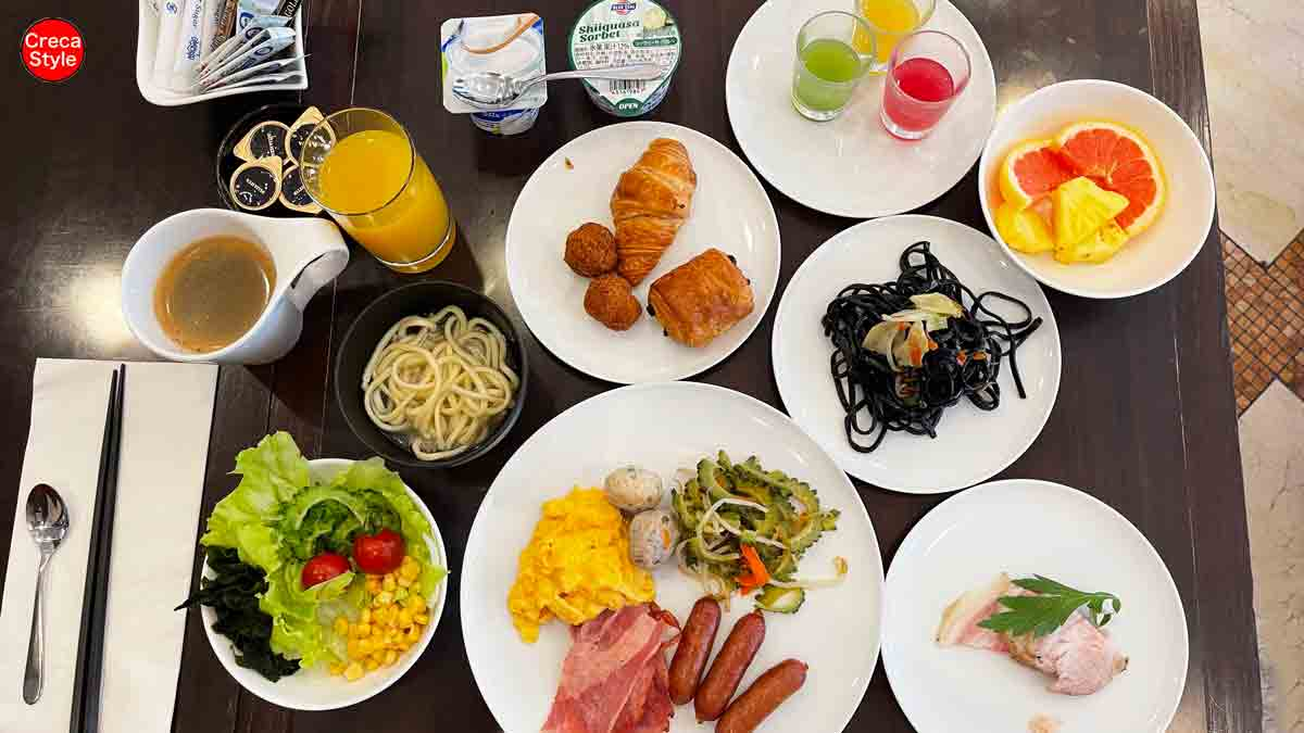 ヒルトンホテルの朝食が毎日2名分無料