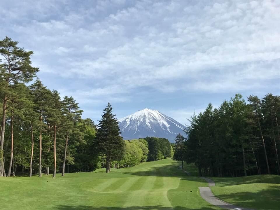 カントリー フォレスト & 鳴沢 クラブ ゴルフ フォレスト鳴沢ゴルフ&カントリークラブ(旧:富士河口湖GC)