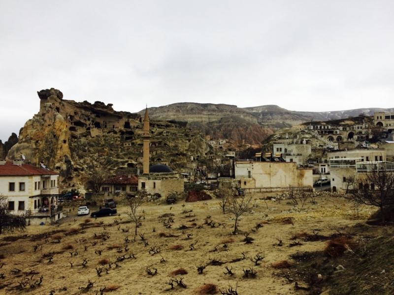 カッパドキア4000年の歴史、最古の村「チャウシン」